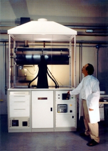 Crystal growth tube furnace Image