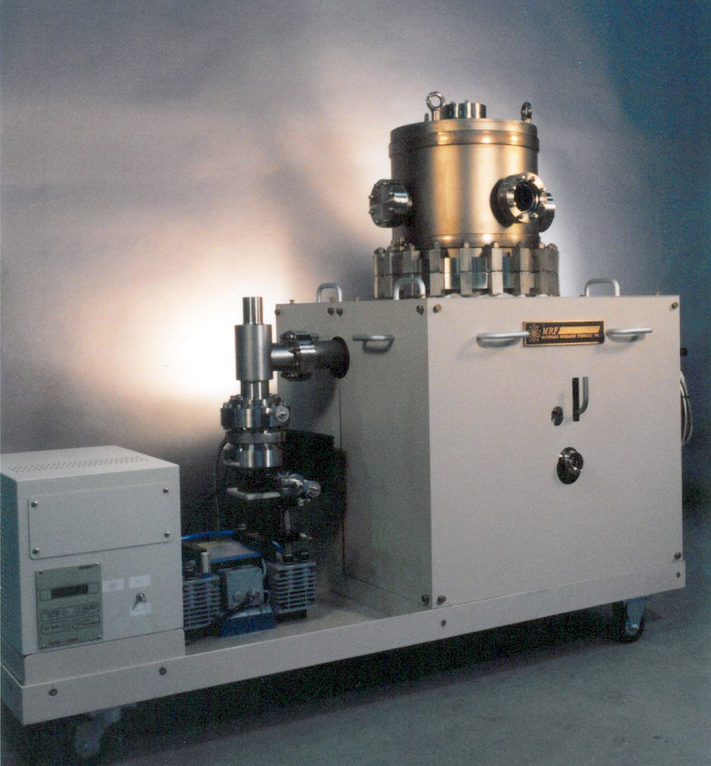 Ultra High Vacuum Cryogenic Furnace